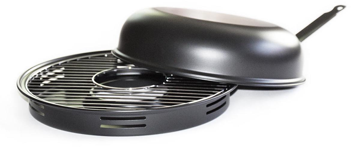 """Сковорода """"Гриль-газ"""" - это полноценный барбекю у вас  на  кухне! Можно насладиться вкусом любимых блюд из  мяса  курицы, рыбы, овощей и десертов. Продукты,  приготовленные на такой сковороде, проходят  термическую обработку по тому же принципу что и при приготовлении  продуктов на  традиционном  мангале и без добавления масла.   Изделия изготовлены из высококачественной  углеродистой  стали с керамическим покрытием. Такое  покрытие долговечно, безвредно, способно  выдерживать  нагрев до 400°C, а также устойчиво к возникновению  царапин. В комплект входят решетка-гриль,  специальный поддон-сковорода и  крышка, которую  можно использовать в качестве отдельной сковороды.  Со сковородой """"Гриль-газ"""" вы получите здоровые и  низкокалорийные блюда, без жиров, дыма и  посторонних запахов.  Подходит для использования на газовых плитах.   Диаметр крышки-сковороды: 32 см."""