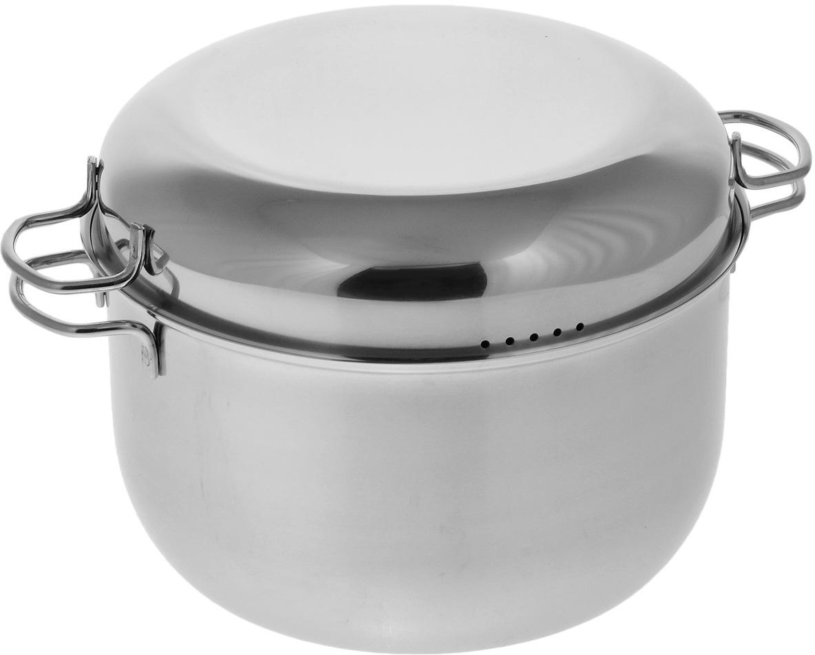 """Мантоварка АМЕТ """"Классика"""" предназначена для приготовления диетических блюд на пару, в частности - мантов. Изделие гигиенично и безопасно для здоровья. Нержавеющая сталь обладает малой теплопроводностью, поэтому посуда из нее остывает гораздо медленнее, чем любой другой вид посуды, а значит, приготовленное в ней более длительное время остается горячим. Мантоварка укомплектована тремя решетками с ручками из нержавеющей стали на ножках и крышкой. Крышка плотно прилегает к краю мантоварки, сохраняя аромат блюд. Крышка оснащена двумя удобными ручками и отверстиями для выпуска пара. Подходит для газовых и электрических плит. Можно мыть в посудомоечной машине. Высота стенки: 15,5 см. Толщина стенки: 0,3 см. Толщина дна: 0,3 см. Ширина с учетом ручек: 34,5 см. Диаметр решетки: 25 см. Высота мантоварки (с учетом крышки): 21 см."""