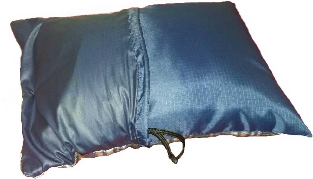 Подушка кемпинговая Talberg, цвет: синий, 35 x 25 см