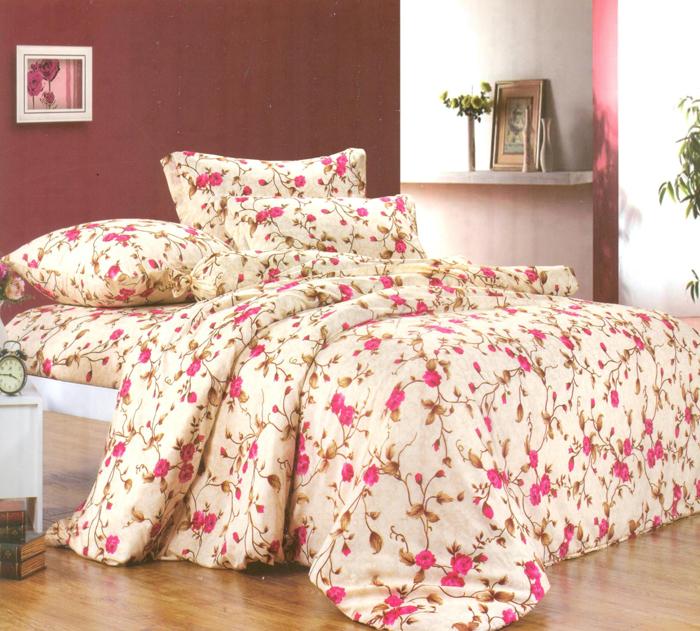 Комплект белья СайлиД Lodrin, 2-спальный, наволочки 70x70, цвет: персиковый, розовый, бежевыйsail22240«Сайлид» - это известный бренд, который с 1996 года радует качественным постельным бельем и необычными дизайнами. Последние 10 лет фирма размещает все производственные мощности в Китае, чтобы снизить стоимость продукта для покупателей. «Сайлид» делает классическое хлопковое постельное белье из сатина и поплина, но не боится экспериментов и успешно продает коллекцию из тенсела – эвкалиптового волокна.Поплин – европейский аналог бязи. Это ткань самого простого полотняного плетения с чуть заметным рубчиком, который появляется из-за использования нитей разной толщины. Состоит из 100% натурального хлопка, поэтому хорошо удерживает тепло, впитывает влагу и позволяет телу дышать. На ощупь поплин мягче бязи, но грубее сатина. Благодаря использованию современных методов окраски, не линяет и его можно стирать при температуре до 40°C.