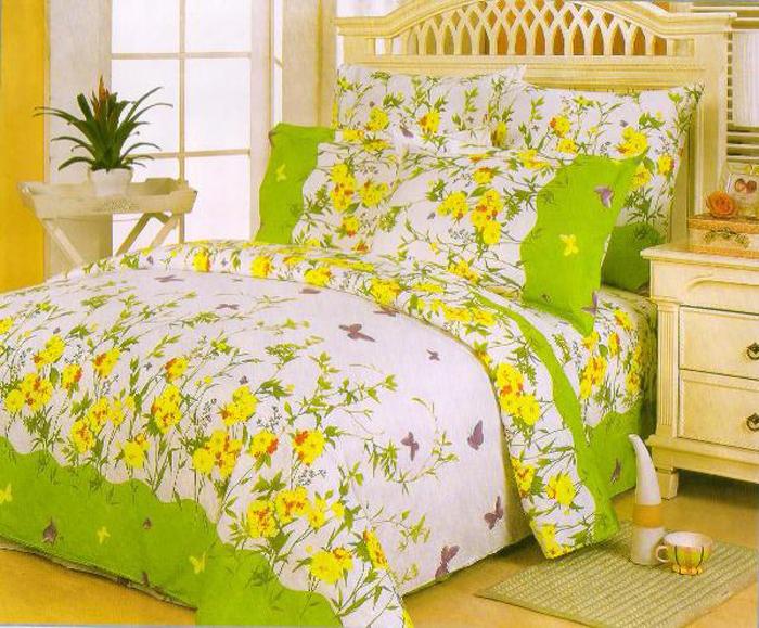 Комплект белья СайлиД Logan, 1,5-спальный, наволочки 70x70, цвет: желтый, зеленый, белыйsail36293«Сайлид» - это известный бренд, который с 1996 года радует качественным постельным бельем и необычными дизайнами. Последние 10 лет фирма размещает все производственные мощности в Китае, чтобы снизить стоимость продукта для покупателей. «Сайлид» делает классическое хлопковое постельное белье из сатина и поплина, но не боится экспериментов и успешно продает коллекцию из тенсела – эвкалиптового волокна.Поплин – европейский аналог бязи. Это ткань самого простого полотняного плетения с чуть заметным рубчиком, который появляется из-за использования нитей разной толщины. Состоит из 100% натурального хлопка, поэтому хорошо удерживает тепло, впитывает влагу и позволяет телу дышать. На ощупь поплин мягче бязи, но грубее сатина. Благодаря использованию современных методов окраски, не линяет и его можно стирать при температуре до 40°C.