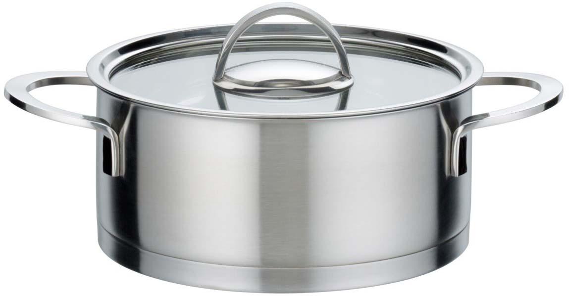 """Кастрюля """"Elegance"""" изготовлена из высококачественной нержавеющей стали. Материал удерживает тепло по всей поверхности изделия, благодаря чему пища равномерно и быстро нагревается. Кастрюля оснащена двумя удобными ручками из нержавеющей стали. Ручки не перегреваются во время приготовления при правильном положении изделия на плите. Крышка, выполненная из термостойкого стекла, позволит вам следить за процессом приготовления пищи. Кастрюля """"Elegance"""" очень удобна в использовании, практична и элегантна, ее легко чистить и мыть."""