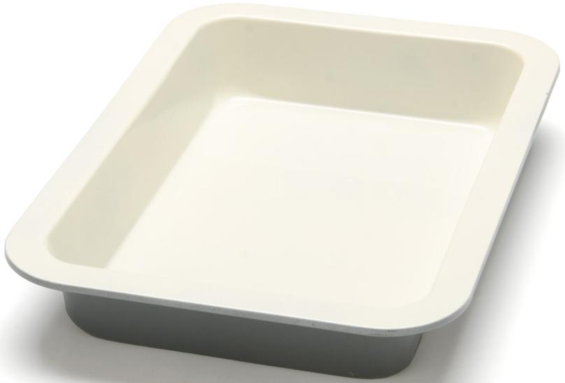 """Противень """"Mayer & Boch"""" изготовлен из высококачественной углеродистой стали с антипригарным керамическим покрытием. Керамическое жаропрочное покрытие безопасно и не содержит вредных примесей PFOA и PTFE. Противень быстро и равномерно нагревается, поэтому блюда в нем пропекаются хорошо. Перед каждым использованием противень необходимо смазать небольшим количеством масла. Такая посуда незаменима для приготовления запеканок и пирогов, а также блюд из мяса и овощей. После использования легко и быстро моется. Не использовать для мытья изделия абразивные моющие средства и губки с абразивным покрытием. Подходит для использования в духовках с максимальной температурой 250°С. Подходит для мытья в посудомоечной машине. Не подходит для использования в СВЧ."""