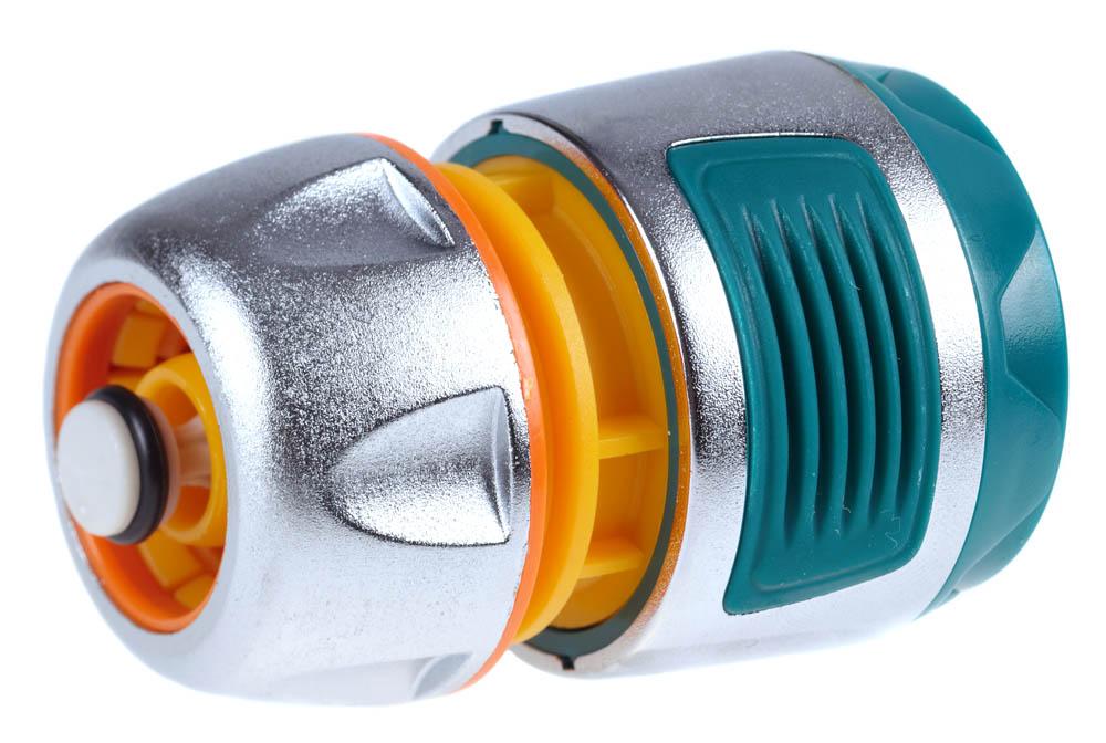 """Соединитель RACO (шланг-насадка) применяется для быстрого и надежного соединения шланга 1/2"""" с любой насадкой. Использование ударопрочного пластика позволяет предотвратить протечки. Цинковый сплав защищает изделие от коррозии. Мягкая термопластичная резина повышает удобство в работе. Автоматическое перекрытие/пуск потока воды при снятии/надевании изделия.Изделие совместимо с другими поливочными системами RACO, а также аналогичными системами других производителей.-Диаметр: 1/2"""";-Автостоп: да; -Материал изделия: ABS-пластик; -Материал корпуса: цинковый сплав; -Материал покрытия: термопластичная резина."""