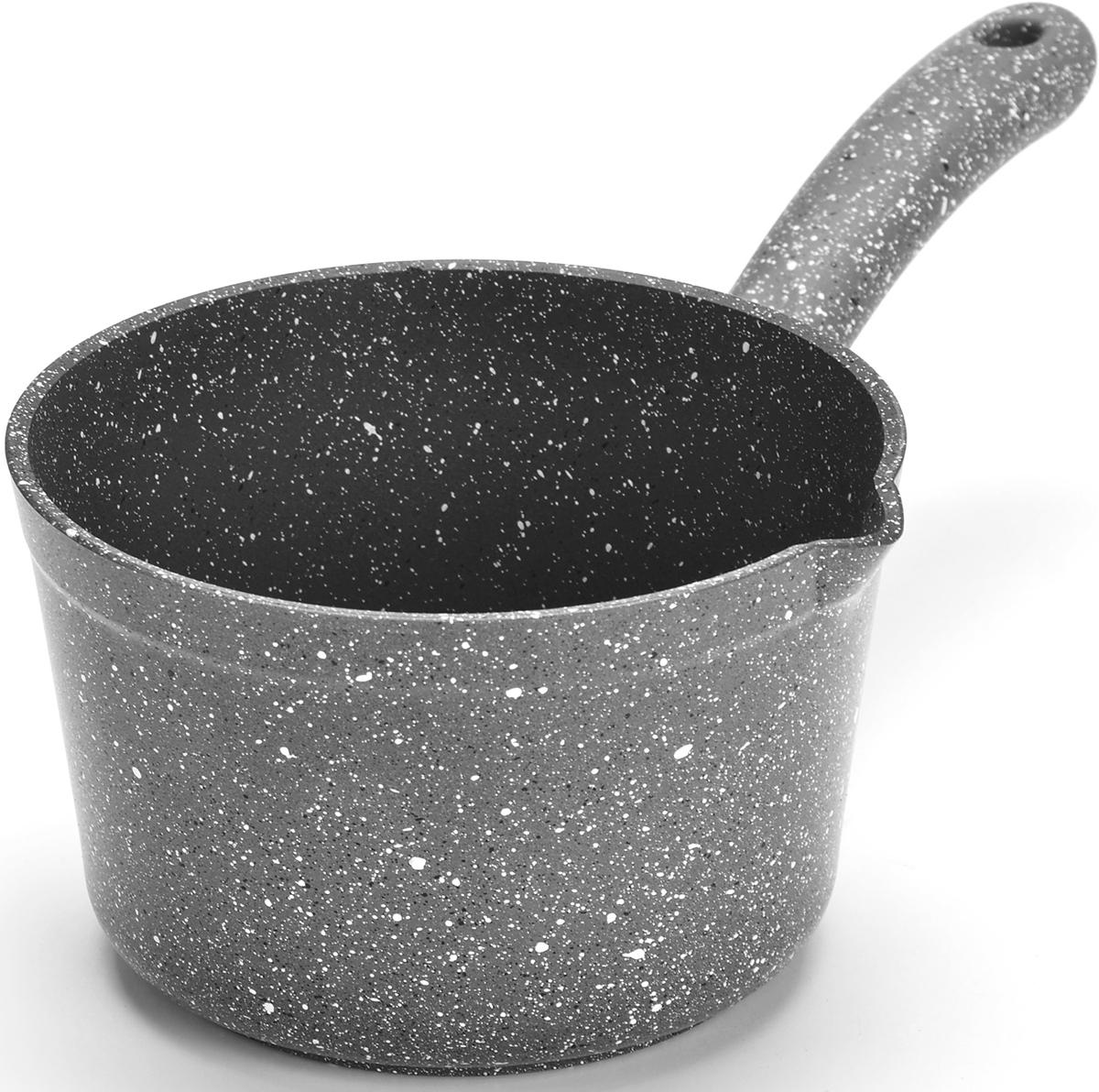 Ковш MAYER&BOCH изготовлен из литого алюминия, что исключает возможность деформации и гарантирует долгий срок службы. Гладко проточенное, утолщенное дно, обеспечивает идеальный контакт с конфоркой и способствует равномерному разогреванию пищи. Мраморное антипригарное покрытие позволяет готовить, практически не используя растительное масло, что значительно увеличивает полезность приготовляемой еды. Бакелитовая ручка ковша не нагревается и оснащена отверстием для подвеса на крючок. Подходит для всех видов плит, кроме индукционных. Подходит для мытья в посудомоечной машине.
