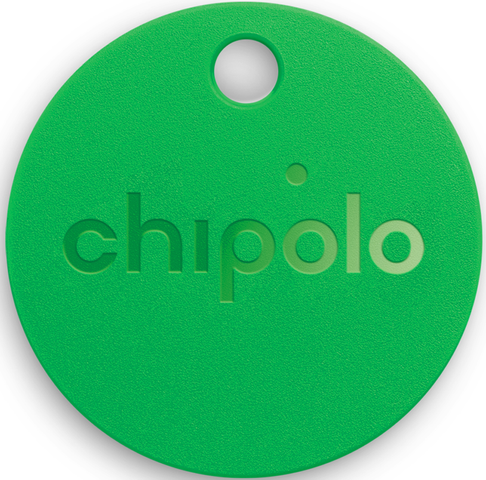 Chipolo Plus - это поисковый Bluetooth-маячок, который можно использовать как брелок для ключей, прикреплять к сумкам, рюкзакам и другим предметам, которые вы не хотите потерять. Его ключевые преимущества - защита от воды и пыли и самый громкий в классе звуковой сигнал. Уникальный трекер с поддержкой Bluetooth отслеживает местоположение ваших вещей, фиксирует время последнего обнаружения и напоминает, если трекер выпал из поля зрения смартфона. Трекер регистрируется в бесплатном приложении Chipolo, в его имени можно указать конкретный предмет, к которому он прикреплен. Кроме того, приложение позволяет отслеживать несколько трекеров разных моделей. Например, можно отслеживать несколько связок ключей, кошельков, сумок и рюкзаков всех членов семьи. Если расстояние от вас до трекера Chipolo больше 60 метров, то опция приложения Community Search позволит определить местоположение потерянной вещи, ловя сигналы находящихся по близости Chipolo других пользователей. Особенности: - Самый громкий: уровень громкости звукового оповещения 100 дБ.- Самый защищенный: трекер сконструирован по стандарту IPX5. - Функция поиска предмета с помощью приложения на смартфоне. - Функция поиска смартфона при нажатии кнопки на трекере. - Уникальная функция Community Search. - Радиус действия bluetooth-маячка: 60 м. - Протокол связи со смартфоном: Bluetooth 4.0 Low Energy. - Совместимость мобильными операционными системами: iOS 9 и выше, Android 4.4 и выше. - Срок службы трекера ограничен емкостью незаменяемого аккумулятора: 12 месяцев. - Диаметр 37 мм.- Толщина 5,9 мм.