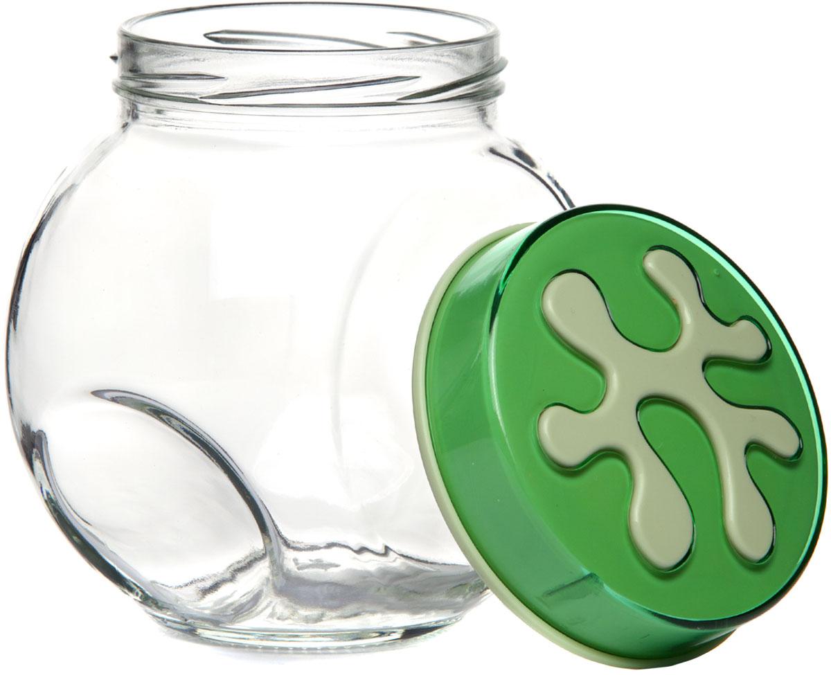 """Банка для сыпучих продуктов """"Herevin"""" прозрачная с зеленой крышкой. Благодаря плотно закрывающейся пластиковой крышке внутри сохраняется герметичность, и продукты дольше остаются свежими. Банка предназначена для хранения различных сыпучих продуктов: круп, чая, сахара, орехов и т.д. Функциональная и вместительная, такая банка станет незаменимым аксессуаром на любой кухне."""