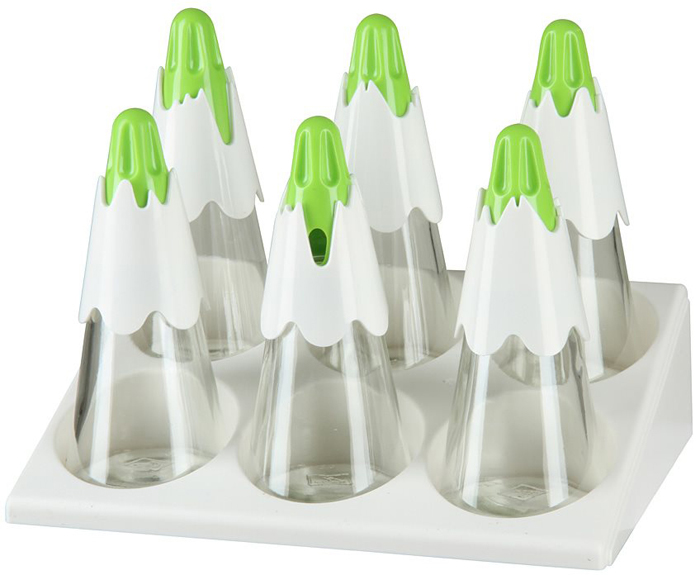 """Набор для специй на подставкеPomidoro""""Coloriva"""" - это достойное и практичное дополнение к вашему кухонному инвентарю. Благодаря тому, что емкости выполнены из прочного стекла, они прослужат вам долго и качественно.Изделия отличаются удивительной простотой в уходе и легкостью в использовании. Для большего удобства предусмотрены оригинальные и необычные крышки с несколькими вариантами дозаторов: для большой порции специй, для средней и маленькой. Просто наполните емкости нужной вам специей, выберите оптимальное количество отверстий поворачивая крышку, переверните емкость и добавьте приправу по вкусу в любимое блюдо.Главным достоинством этого набора является возможность его использования для хранения специй разного помола, даже для крупных хлопьев перца или сушеного лука.В комплекте также имеется специальная подставка на 6 емкостей.Высота: 16,8 смРазмер подставки: 21,5 х 15 см"""