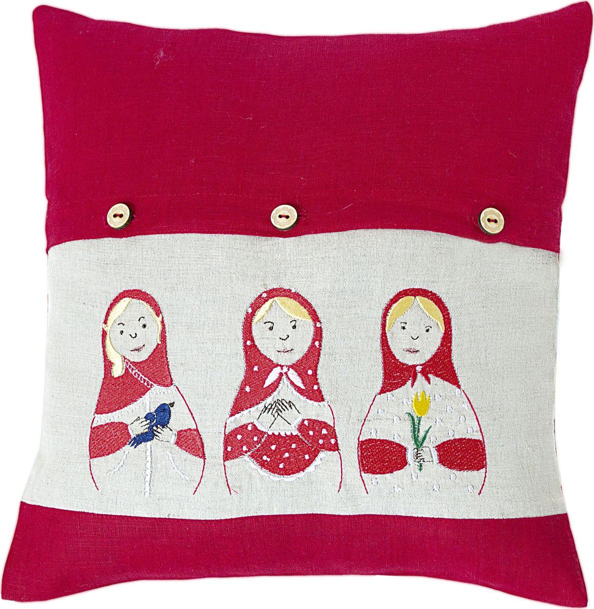 Наволочка декоративная Арт-студия Решетняк Три матрешки, цвет: красный, 45 x 45 см арт студия решетняк мягкая кукла домовой 52 см
