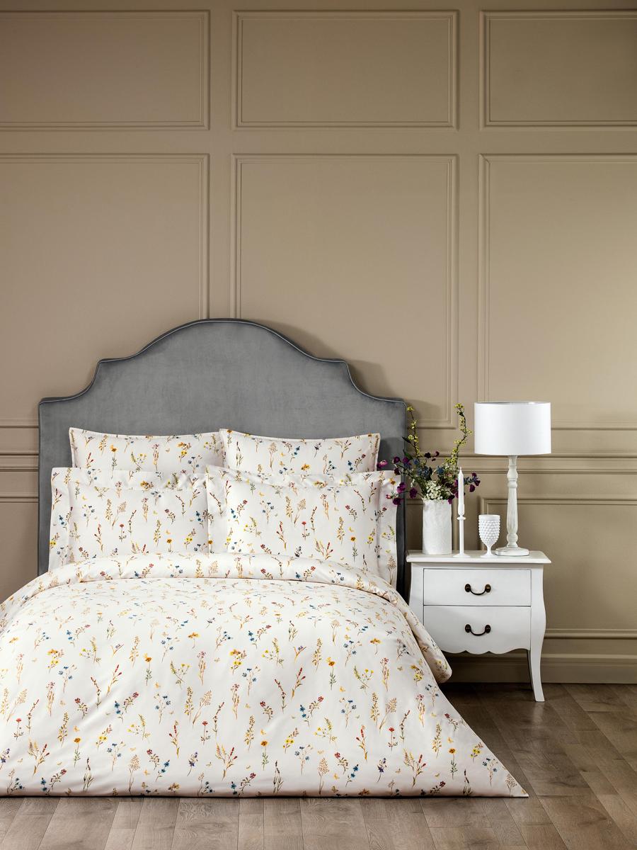 Комплект белья Togas Флоретта, 1,5-спальный, наволочки 50x70, цвет: светло-бежевый. 30.07.99.0014