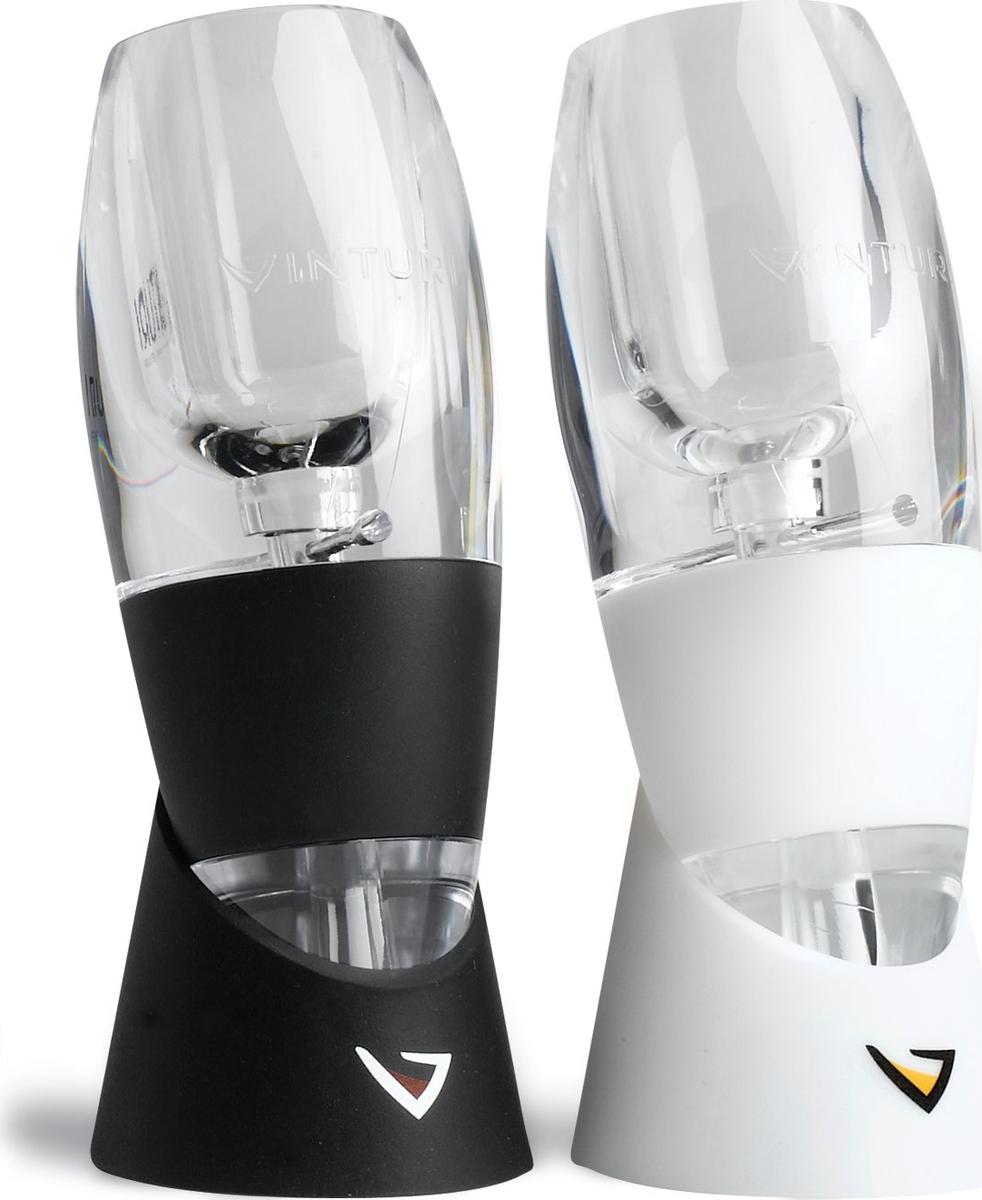 Аэратор мгновенно декантирует белое вино, тем самым сохраняет низкую температуру для его сервировки и потребления. Не рекомендуется использовать для красных сортов. Держатель освобождает ваши руки, тем самым обеспечивает удобство переливания напитка из бутылки в бокал через аэратор. Все части набора можно мыть в посудомоечной машине.