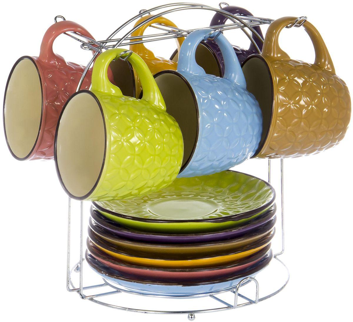 """Чайный набор """"Elrington"""" состоит из шести чашек и шести блюдец. Изделия выполнены из высококачественной керамики. Такой набор изящно дополнит сервировку стола к чаепитию. Благодаря оригинальному дизайну и качеству исполнения, он станет замечательным подарком для ваших друзей и близких."""