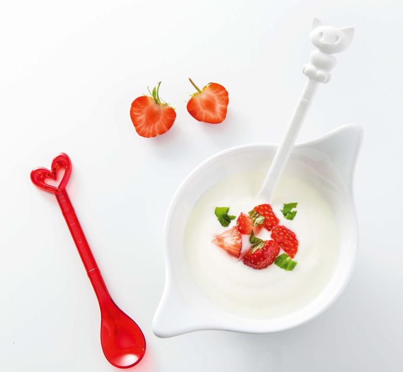 Миска LEAF - это ясный, простой и элегантный дизайн полимерной посуды, будто специально созданной для эффектной подачи здоровой пищи.Особенности:- объем 600 мл- ребристое основание- не содержит меламин- можно мыть в посудомоечной машине