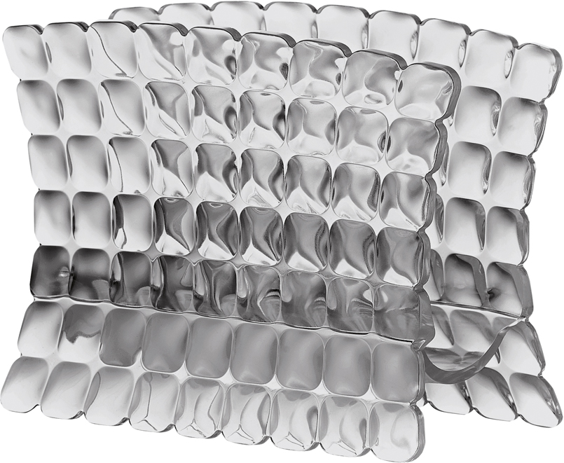 Ни один прием пищи не обходится без салфеток, а красивая салфетница является неотъемлемой частью любой столовой сервировки.  Салфетница Tiffany - это отличный аксессуар на каждый день, сочетающий в себе привлекательный дизайн и необходимую практичность. Рельефная форма в сочетании с прозрачным материалом заставляет поверхность сверкать и переливаться на свету, поэтому салфетница будет особенно хорошо смотреться на летней веранде на даче.  Изготовлена из высококачественного органического стекла, устойчивого к износу и повреждениям. Не содержит вредных примесей и бисфенола-А. Можно мыть в посудомоечной машине.
