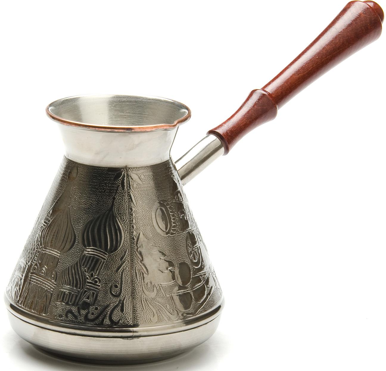 Турка изготовлена из высококачественной меди марки М1М, внешняя поверхность покрыта декоративным черным никелем, внутренняя поверхность – слоем пищевого олова, являющимся безопасным для здоровья. Турка предназначена для приготовления натурального кофе. Медь обладает равномерной теплопроводностью, что позволяет приготовить кофе, отличающийся изысканным ароматом. Узкое горлышко также является положительной характеристикой изделия. Длинная ручка, выполненная из дерева, обеспечивает защиту от ожогов. Подходит для использования на всех типах плит, кроме индукционных. Не подходит для использования в посудомоечной машине. Не допускается нагрев изделия без воды, а также чистка с применением металлических щеток и абразивных моющих средств.