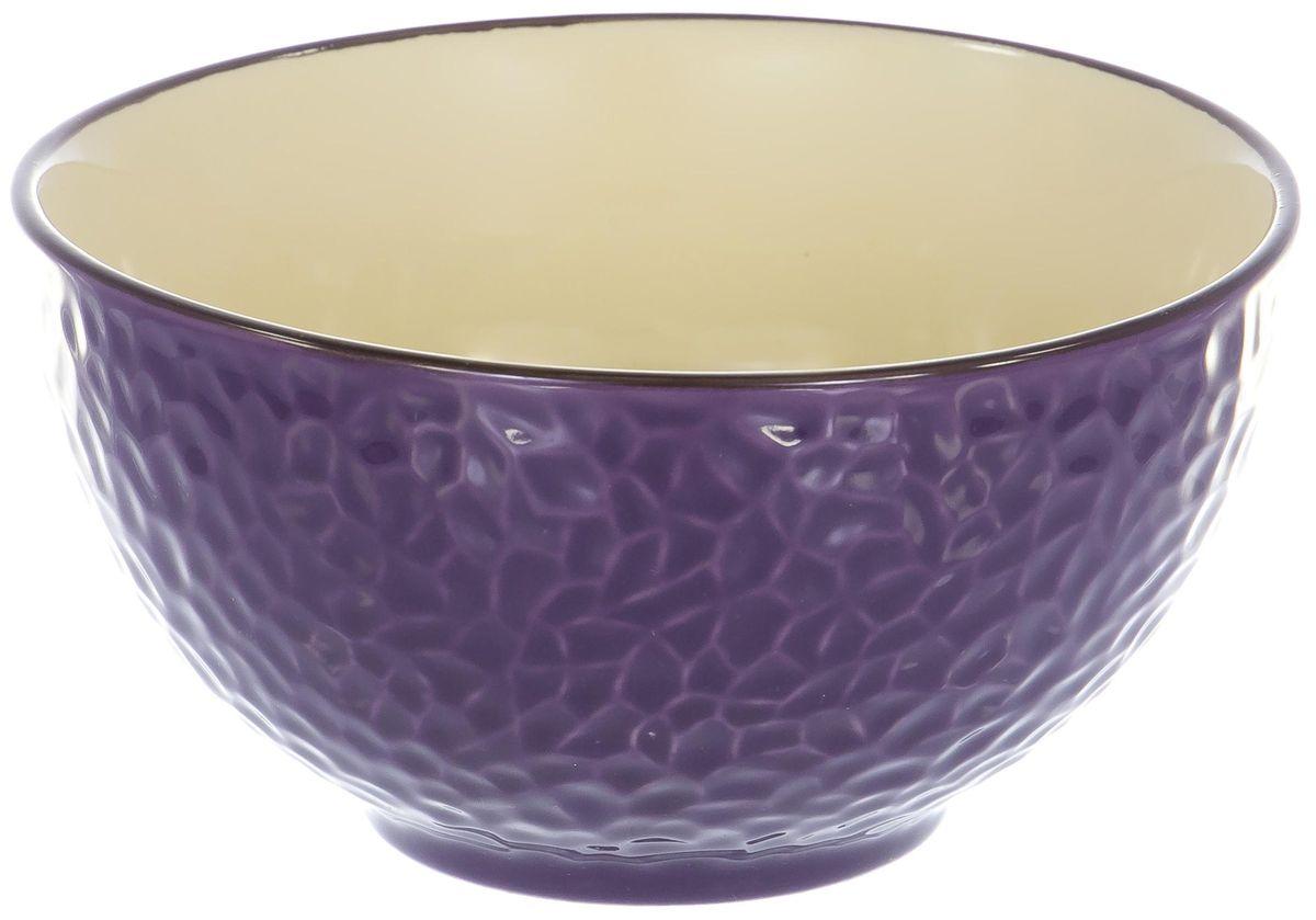 """Салатник """"Elrington"""" изготовлен из высококачественной керамики. Он прекрасно впишется в интерьер вашей кухни и станет достойным дополнением к кухонному инвентарю. Такой салатник не только украсит ваш кухонный стол и подчеркнет прекрасный вкус хозяйки, но и станет отличным подарком."""