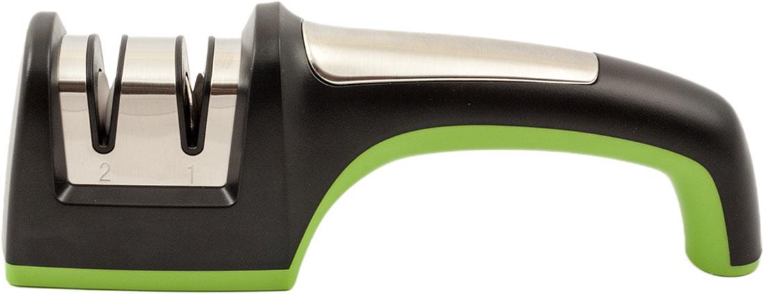 Точилка для ножей роликовая TimA сконструирована таким образом, что движение абразивных роликов происходит практически перпендикулярно режущей кромке лезвия, а не вдоль, как в точилках с неподвижными камнями, благодаря чему износ (стачивание) лезвия ножа происходит значительно меньше, а заточка держится намного дольше. Поскольку ролики вращаются, то их износ происходит медленно и равномерно и не сказывается на результатах заточки. В точилке для формирования режущей кромки и грубой заточки установлены металлические ролики из твердосплавных материалов с относительно крупной зернистостью, а для доводки режущей кромки используются керамические ролики с мелкой зернистость. Нижняя поверхность точилки имеет резиновые вставки и не скользит по поверхности стола.