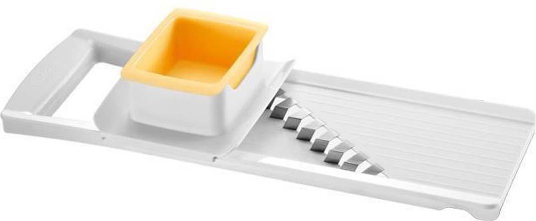 Легко и быстро нарежет картофель, батат, турнепс, свеклу, пастернак, сельдерей, белый редис, кольраби и др. на дольки одинакового размера. С лезвием специальной формы из нержавеющей стали и безопасным держателем с толкателем. Изготовлено из прочного пластика с противоскользящей обработкой, можно мыть в посудомоечной машине.
