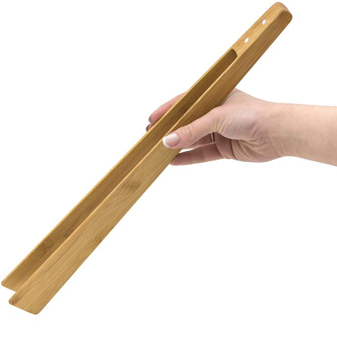 Удобство на кухне определяется инструментами, которые нужны в ежедневном использовании, а также их универсальностью. С учетом указанных требований испанский бренд Balvi разработал кухонные щипцы BBQ&More.  Щипцы имеют длину 40 см и изготовлены из натурального бамбука, который славится своими антибактериальными и гипоаллергенными свойствами, а также возможностью использования с деликатными поверхностями. Щипцы многофункциональны – их можно использовать при сервировке стола, приготовлении вторых блюд, мясных блюд как на открытом огне, так и на кухне. Поверхность снабжена встроенными магнитами, что позволяет хранить щипцы в разнообразных местах будь то мангал, холодильник, крышка микроволновой печи или отдельностоящей вытяжки. • Классический дизайн • Многофункциональность • Экологичный и безопасный для любых поверхностей материал • Наличие магнитов для крепления на холодильник или другую металлическую поверхность