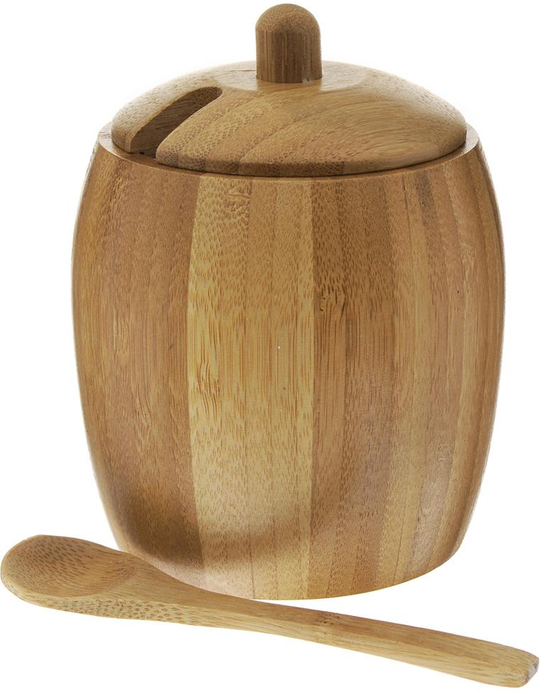 """Солонка """"Green Way"""", изготовленная из дерева, это красочное украшение кухни и отличный подарок хозяйке. Солонка выполнена в форме бочонка с крышкой. Изделие также оснащено удобной ложкой. Функциональная и вместительная, такая солонка станет незаменимым аксессуаром на любой кухне. Нельзя мыть в посудомоечной машине.   Диаметр солонки: 7,5 см.Высота солонки (без учета крышки): 10 см.Длина ложки: 13 см."""
