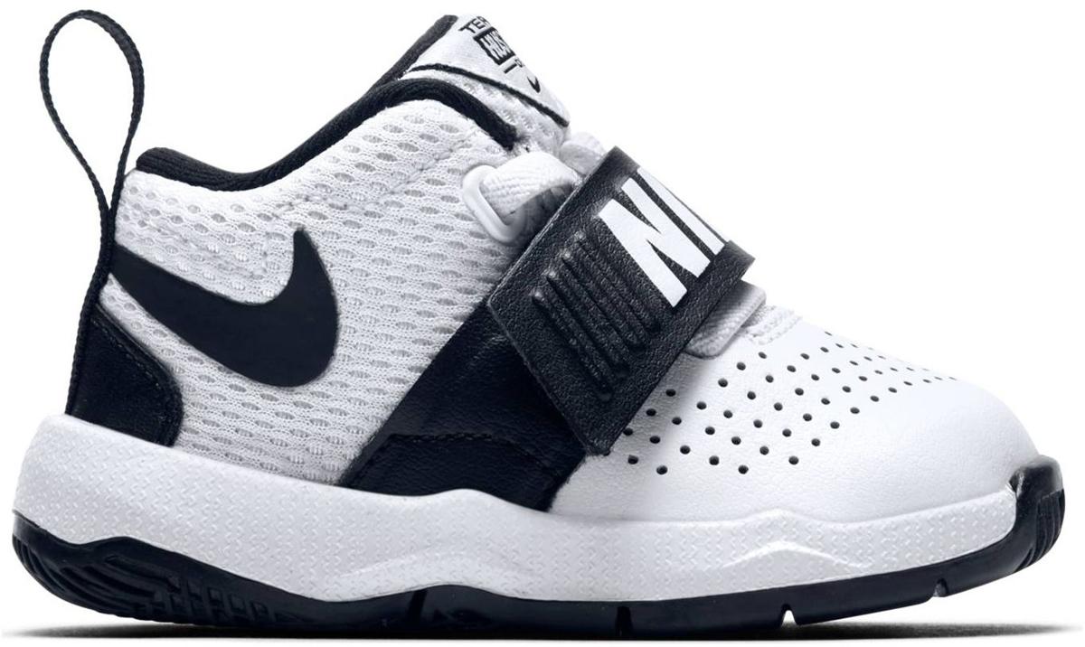 Кроссовки для мальчика Nike Team Hustle D 8 (TD) Toddler, цвет: белый, черный. 881943-100. Размер 9C (25) кроссовки nike team hustle d 8 gs basketball shoe boys 881941 301