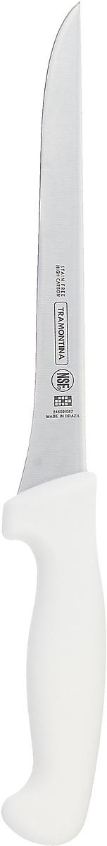 Ножи Tramontina Professional Master подразумевают очень интенсивную ежедневную нагрузку профессионального применения, поэтому имеют высокий запас прочности. Долговечный и обладающий отличной способностью сохранять заточку клинок с полипропиленовой рукояткой, с встроенной антибактериальной защитой, которая не позволяет развиваться грибку и бактериям. Ручка и шейка каждого ножа разработана с учетом формы руки и вида выполняемых работ, что обеспечивает максимально комфортное нарезание продуктов, разделку мяса или рыбы. Удобный захват позволяет избежать скольжения руки. Защита Microban ® не наноситься сверху, она добавляется непосредственно в состав полипропилена, из которого изготавливаются рукоятки, поэтому действие антимикробного компонента продолжается так же долго, как и жизнь ножа, она не смывается моющими средствами и не пропадает после мытья в посудомоечной машине. Рукоятка с шероховатым напылением для предотвращения скольжения ножа во время использования. V-образная форма клинка гарантирует легкую и идеально точную нарезку.  Процесс производства ножей Professional Master состоит из 37 этапов:  - Заготовка из нержавеющей стали DIN1.4110  - Ковка в штампе и формирование шейки ножа - Закаливание в специальной печи (примерно + 1.060?C)  - Охлаждение системой вентиляции до +350?C - Промораживание (-80?C) на 30 минут - Нагревание газом (+250?C) (получена твердость 56-58 единиц по шкале Роквелла) - Формирование клинка (конусное) - Поликарбонат в горячем виде наливается на ручку, что гарантирует отсутствие зазоров между ручкой и клинком - Отделка рукоятки и шейки ножа - Финальная заточка лезвия - Лазерная штамповка товарного знака TRAMONTINA  Материал лезвия: высокоуглеродистая сталь DIN 1.4110 с добавлением молибдена Материал рукоятки: полипропилен c противомикробной защитой Microban ® Можно мыть в посудомоечной машине: да Страна производства: Бразилия