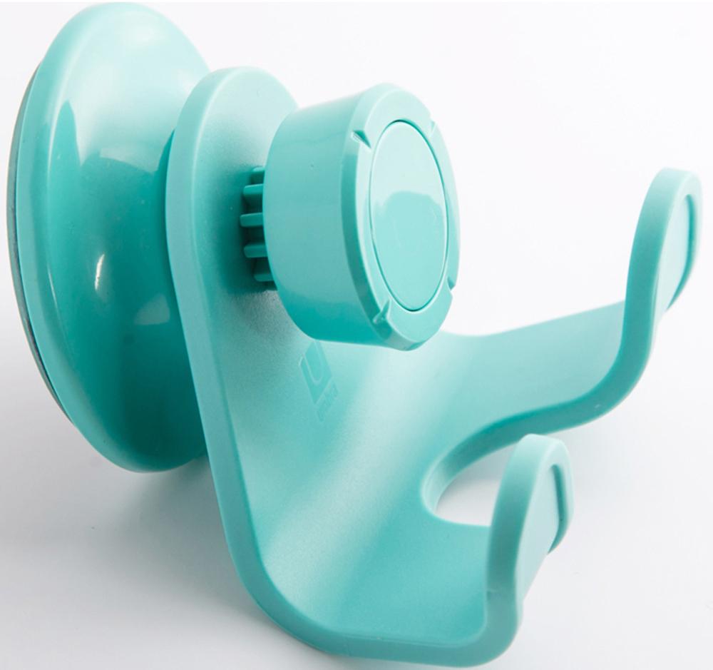 Дополнительное место для хранения в душе не бывает лишим. Всегда нужен еще один крючок, чтобы повесить гостевое полотенце, дополнительный банный халат или просто уличную одежду. Двойной крючок Flex крепится к стене на специально разработанную присоску с запатентованной технологией Gel-Lock. Крепление прочно удерживается на плитке, стекле и других гладких поверхностях. Вам не нужно будет сверлить стены, а если надобность в крючке пропадет, вы сможете перевесить его на кухню или в спальню.  Дизайнер: Umbra Studio.