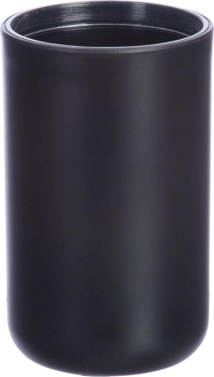 Стакан Plastic black выполнен из пластика черного цвета с прорезиненным эффектом, в нем удобно хранить зубные щетки и другие принадлежности.