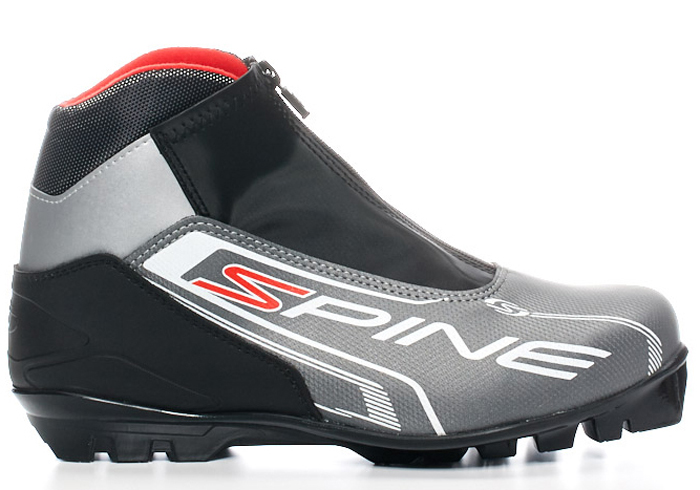 """Лыжные ботинки SPINE COMFORT -Модель построена на подошве для современных системных креплений NNN (Rottefella).   -Целевое назначение: лыжные ботинки, продвинутого уровня, катание преимущественно классическим стилем, предназначены для активного отдыха, лыжных прогулок по лесу.  -Фиксация ноги осуществляется шнуровкой, поверх шнуровки эластичный клапан с прямой молнией, для защиты от снега и влаги.  -Верх ботинка выполнен из высококачественного, синтетического морозостойкого материала с полиуретановым покрытием.  -Конструкция """"ботинок в ботинке"""", позволяющая лучше фиксировать ногу.  -Улучшенная, с учетом анатомических особенностей ноги колодка ботинка - комфортная, средней полноты.   -Утеплитель - капровилюр.   -Формованная многослойная стелька из материалов разной жесткости.   -Состав подошвы - высокотехнологичный термопласт с увеличенным протектором для прогулок без лыж. Данная подошва позволяет передвигаться с комфортом от лыжни до автомобиля или по пути следования к месту отдыха и обратно.  -Условия эксплуатации до -30°С."""