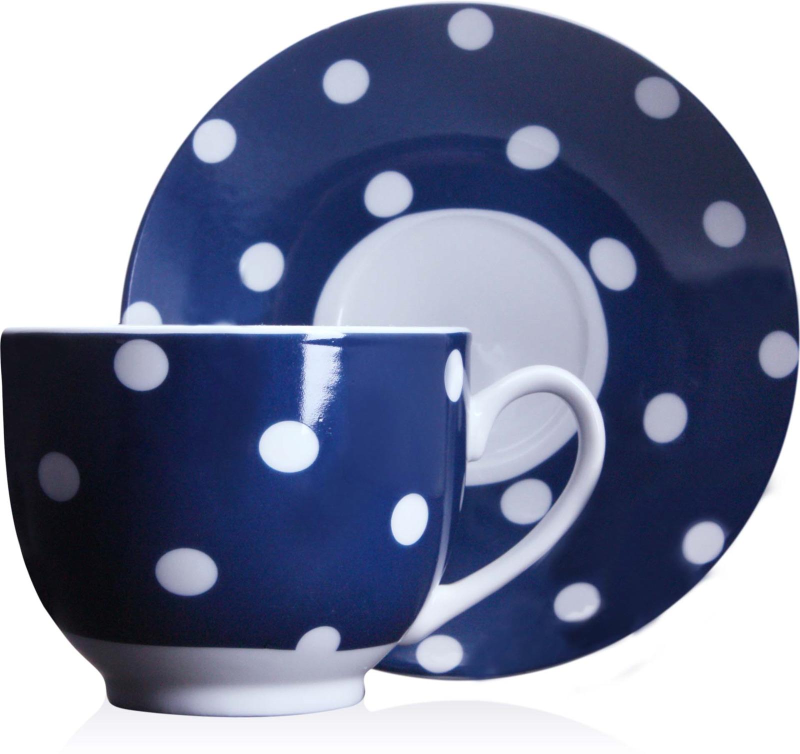 Чайная пара Loraine изготовлена из высококачественного фарфора. Чашка синего цвета украшена рисунком в белый горошек, блюдце с широкой синей каймой, и также с рисунком в белый горошек, и белой серединой. Удобная, с классическим дизайном, чайная пара не только украсит сервировку стола, но и поднимет настроение и превратит процесс чаепития в одно удовольствие. Изделия легко и просто мыть. Чайная пара прекрасно подойдет в качестве подарка для родных и друзей!