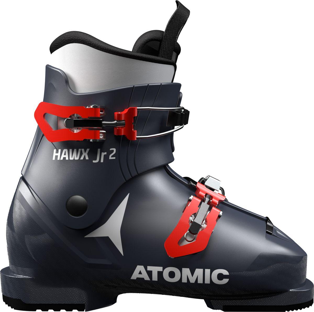 Atomic Hawx Jr 2 — идеальные ботинки для освоения карвинга на начальном уровне. Ботинки очень мягкие и гибкие, поэтому даже маленькие ноги сохраняют подвижность. Поскольку маленькие дети растут очень быстро и у них быстро увеличивается размер ног, ботинки комплектуются вкладками Size Adjuster, компенсирующими половину размера. Установите вкладки, пока нога у ребенка маленькая, и уберите вкладки, когда они вырастут. Как и у всех наших детских моделей, в этих ботинках применена прогрессивная конструкция голенища: гибкость и высота голенища идеально соответствуют способностям и размеру лыжников. Ботинки Hawx Jr 2 — отличное решение для первых шагов на склоне: скольжение, поворот, загрузка.Внутренний ботинок BronzeКлипса из поликарбоната + макрорегулировкаМодель для детей и подростковВес 830 г. для размера 20/20.5