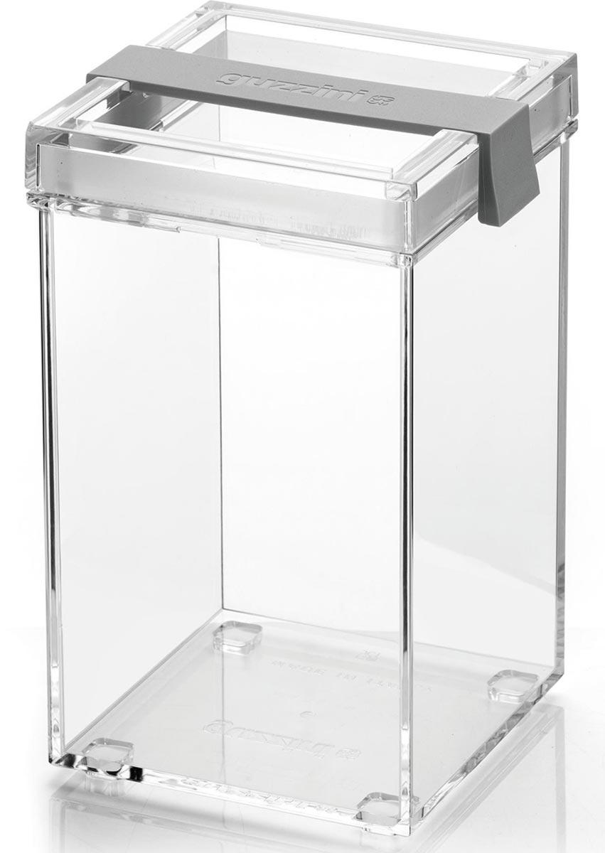 Контейнер из пластика для хранения сыпучих и сухих продуктов незаменим на кухне. Он помогает поддерживать порядок и компактно хранить необходимые под рукой. Его также можно использовать для различных мелочей и принадлежностей для рукоделия. Объем: 1150 мл Размер: 10 x 11 x 17,5 h  Особенности и преимущества: - герметичные крышки сохраняют свежесть продуктов - стильный дизайн и практичная конструкция - подходит для различных продуктов.