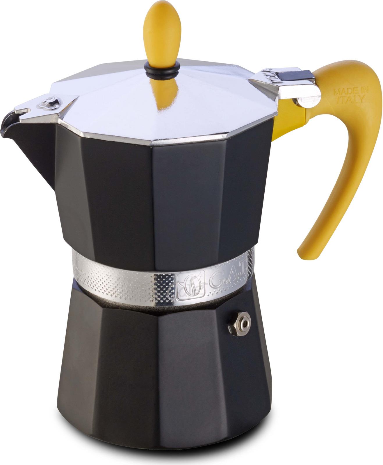 Кофеварка гейзерная G.A.T. 103902 NERISSIMA. Гейзерная кофеварка - это отличная возможность побаловать себя чашечкой великолепного ароматного кофе. Кофеварка рассчитана на 2 чашки. За считанные минуты прибор приготовит ваш любимый напиток и моментально наполнит кухню изумительным ароматом. Прочная алюминиевая основа придает кофеварке легкость и надежность, а стильный дизайн добавит кухонному интерьеру элегантности и особого шарма. Основные отличительные особенности кофеварок Nerissima: удобный носик для наливания кофе; стильный ремень, соединяющий верхнюю и нижнюю части кофеварки; специальное внутреннее покрытие, обеспечивающее легкую очистку и обслуживание; ручка жаростойкого силикона.