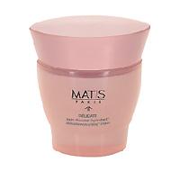 Увлажняющий крем Matis для чувствительной кожи, 50 мл36383Увлажняющий крем, в основе которого - уникальная формула из тщательно отобранных активных компонентов, способствующих глубокому увлажнению и смягчению чувствительной кожи. Клетки кожи постепенно поглощают воду, насыщаются влагой, тем самым сохраняют прекрасный внешний вид лица. Увлажняющий крем на длительное время увлажняет, смягчает и успокаивает чувствительную кожу.Регулятор водного баланса, Фукогель, Виноградная лоза Кудзу, Масло иллипе, карите, Фитосквалан.Наносить утром и/или вечером на очищенную кожу. Может использоваться в течение всего года, либо в качестве единовременных процедур, когда возникает в этом необходимость.