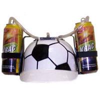 Каска с подставками под банки Футбол89625Пластиковая каска с расцветкой под футбольный мяч с двумя держателями для банок или небольших бутылок и трубкой, через которую можно пить, поможет Вам утолить жажду во время движения, не останавливаясь и не занимая рук.Трубка имеет зажим, благодаря которому можно регулировать напор жидкости, и две соединительные трубочки, с помощью которых можно смешивать два различных напитка в виде коктейля. Каска имеет амортизатор, регулирующий глубину посадки каски. Характеристики: Высота каски: 12 см. Диаметр подставки: 7 см. Длина трубки (за пределами каски): 45 см. Материал:пластик. Изготовитель:Китай. Артикул: 89625.Уважаемые клиенты!Представленные на изображении банки в комплект не входят.