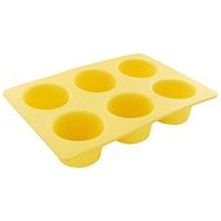 Форма для выпечки маффинов Tescoma Delicia Silicone, цвет: желтый, 6 ячеекFS-91909Форма Tescoma Delicia Silicone будет отличным выбором для всех любителей выпечки. Благодаря тому, что форма изготовлена из силикона, готовую выпечку или мармелад вынимать легко и просто. Изделие выполнено в форме прямоугольника, внутри которого расположены 6 круглых ячеек. Форма прекрасно подойдет для выпечки маффинов.С такой формой вы всегда сможете порадовать своих близких оригинальной выпечкой. Материал изделия устойчив к фруктовым кислотам, может быть использован в духовках, микроволновых печах, холодильниках и морозильных камерах (выдерживает температуру от -40°C до 230°C). Антипригарные свойства материала позволяют готовить без использования масла.Можно мыть и сушить в посудомоечной машине. При работе с формой используйте кухонный инструмент из силикона - кисти, лопатки, скребки. Не ставьте форму на электрическую конфорку. Не разрезайте выпечку прямо в форме.