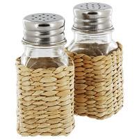 Набор Premier Housewares: солонка и перечницаFD-59Набор Premier Housewares, состоящий из солонки и перечницы, изготовлен из стекла и натурального ротанга. Солонка и перечница легки в использовании: стоит только перевернуть емкости, и вы с легкостью сможете поперчить или добавить соль по вкусу в любое блюдо.Оригинальный дизайн, эстетичность и функциональность набора позволят ему стать достойным дополнением к кухонному инвентарю. Характеристики: Высота емкости: 9,5 см. Размер основания: 5 см х 5 см. Материал:стекло, ротанг, металл. Размер упаковки: 10 см х 9,5 см х 5 см. Производитель:Великобритания. Артикул:1403156.