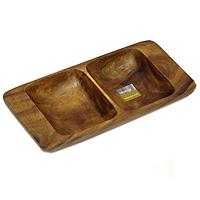 Менажница Monkey Pod, 30 х 15 см115510Представляем вашему вниманию менажницу Monkey Pod, выполненную из дерева. Некоторые блюда можно подавать только в менажнице, чтобы не произошло смешение вкусовых оттенков гарниров. Также менажница может быть использована в качестве посуды для нескольких видов салатов или закусок. Оригинальный дизайн менажницы идеально впишется в интерьер вашей кухни или будет достойным подарком для родных и друзей. Характеристики: Материал:дерево. Размер: 30 см х 15 см х 4 см. Размер отделений: 14 см х 11 см. Артикул: 1104603. Производитель: Великобритания.
