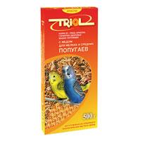 Корм Triol для мелких и средних попугаев, с медом, 500 г37109Смесь из зерна - это основа корма для попугаев. Вместе с зерном он получает огромную долю питательных веществ.Корм специально составлен из самых вкусных и необходимых компонентов, он содержит много волокон, что положительно влияет на пищеварение вашего питомца. Сбалансированный корм для мелких и средних попугаев содержит все необходимое для полноценной здоровой жизни вашего любимца. Состав: овес, просо белое, просо красное, просо, семена конопли, канареечное семя, луговые травы, мед натуральный, йод в легко усвояемой форме, витамины А, В, В2, В6, D, PP.