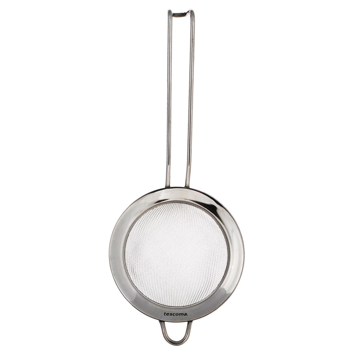 Сито Tescoma Chef, диаметр 10 см115510Сито Tescoma Chef, выполненное из высококачественной нержавеющей стали, станет незаменимым аксессуаром на вашей кухне. Удобная ручка-пруток не позволит выскользнуть изделию из вашей руки. Прочная стальная сетка и корпус обеспечивают изделию износостойкость и долговечность. Сито оснащено специальным ушком, за которое его можно подвесить в любом месте.Такое сито поможет вам процедить или просеять продукты и станет достойным дополнением к кухонному инвентарю.Можно мыть в посудомоечной машине.Диаметр (с ободком): 10 см. Диаметр (без ободка): 8 см.Длина ручки: 14 см.