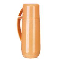 Термос с кружкой Family, цвет: оранжевый, 0,75 л. 310566SBV15 whiteТермос Family предназначен для хранения и переноски теплых и холодных напитков. Термос изготовлен из прочного пластика и снабжен стеклянной изоляционной колбой. Термос имеет удобную ручку и завинчивающуюся крышку, которая может выполнять функцию кружки с ручкой. Высота (с кружкой): 29 см.