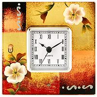 Часы настольные Jardin dEte Белые цветыSC - 55QGОригинальные настольные часы Белые цветы - это не только функциональное устройство, но и изысканный элемент декора, который впишется в любой интерьер. Часовой механизм расположен в стеклянной подставке, которая декорирована рисунками белых цветов. Часы выполнены с шаговым ходом и секундной стрелкой. Благодаря стильному исполнению и практичности эти часы станут красивым и полезным подарком. Характеристики: Размер: 14 см x 14 см x 6 см. Размер циферблата: 6,5 см х 6,5 см. Размер упаковки: 18,5 см х 18 см х 7,5 см. Материал: стекло, металл, пластик. Производитель: Франция. Изготовитель: Китай. Артикул: HS-21333C. Работают от 1 батарейки АА (входит в комплект). Изысканные сувенирыJardin dEteотличаются одновременно эстетической красотой и функциональностью и создают неповторимое настроение. Стильные аксессуары вносят индивидуальность, утонченность, и изысканность не только в интерьер дома, но и в повседневную жизнь.
