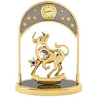 Сувенир с часами Знак зодиака: Телец, цвет: золотой729553Сувенир с часами Знак зодиака: Телец, золотого цвета, станет необычным аксессуаром для Вашего интерьера и создаст незабываемую атмосферу. Кристаллы, украшающие сувенир, носят громкое имяSwarovski. Ограненные, как бриллианты, кристаллы блистают сотнями тысяч различных оттенков.Эта очаровательная вещь послужит отличным подарком близкому человеку, родственнику или другу, а также подарит приятные мгновения и окунет Вас в лучшие воспоминания. Характеристики: Материал: металл (углеродистая сталь, покрытие золотом 0,05 микрон), австрийские кристаллы. Размер: 13,5 см х 10 см х 4,5 см. Диаметр циферблата часов: 2 см. Размер упаковки: 14 см х 7,5 см х 10,5 см. Работают от 1 батарейки типа таблетка SR626SW (комплектуется демонстрационной).Более чем 30 лет назад компанияCrystocraftвыросла из ведущего производителя в перспективнуюторговую марку, которая задает тенденцию благодаря безупречному чувству красоты и стиля. Компания создает изящные, качественные, яркие сувениры, декорированные кристалламиSwarovski различных размеров и оттенков, сочетающие в себе превосходное мастерство обработки металлов и самоевысокое качество кристаллов. Каждое изделие оформлено в индивидуальной подарочной упаковке, что придает ему завершенный ипрезентабельный вид.