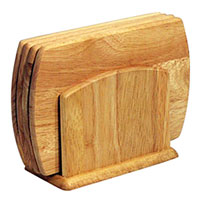 Набор досок разделочных Oriental way 5 предметов 9/956391602Набор Oriental way состоит из четырех разделочных досок и подставки, которые изготовлены издерева гевея. Набор прекрасно подойдет для приготовления и сервировки пищи, а благодаря подставке ваши доски всегда будут на месте.Особенности набора Oriental way: высокое качество шлифовки поверхности изделий двухслойное покрытие пищевым лаком, безопасным для здоровья человека степень влажности 8-10%, не трескается и не рассыхается высокая плотность структуры древесины устойчивость к механическим воздействиям. Характеристики: Размер доски: 14 см х 20 см х 1 см. Размер основания подставки: 15,5 см х 8,5 см. Материал: дерево (гевея). Производитель: Тайланд.Артикул:9/956. Торговая марка Oriental way известна на рынке с 1996 года. Эта марка объединяет товары для кухни, изготовленные из дерева и других материалов. Все товары марки Oriental way являются безопасными для здоровья, экологичными, прочными и долговечными в использовании.