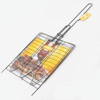 Решетка-гриль Искра для рыбы, тройная, 27,5 x 27,5391602Решетка-гриль Искра предназначена для приготовлениярыбы на углях. Изготовлена из высококачественной стали. Идеально подходит для мангалов и барбекю.Решетка имеет широкое фиксирующее кольцо на ручке, что обеспечивает надежную фиксацию. Регулируемый объем решетки позволяет запекать продукты разной толщины. Специальная ручка предохраняет руки от ожогов, а также удобна для обхвата двумя руками, что позволяет легко переворачивать решетку. На решетке можно разместить три рыбы. Характеристики:Материал:сталь, латекс. Размер решетки:27,5 см x 27,5 см. Высота решетки:1 см. Длина ручки: 30 см. Артикул:RDG-37А. Производитель:Россия. Изготовитель: Китай.
