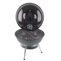 Барбекю Искра, настольнаяFS-91909Компактная барбекю-гриль Искра, предназначенная для жарки, тушения, копчения, запекания мяса, рыбы и овощей, идеальный выбор для дачи или загородного коттеджа.Барбекю с покрытием из жаропрочной эмали имеет нержавеющий алюминиевый поддон для пепла, стальную решетку для приготовления пищи и дополнительную решетку для размещения угля, которая поможет равномернее распределить жар углей. Крышка барбекю имеет укрепленную пластиковую ручку и оснащена регулятором тяги и температуры, что позволяет приготовить продукты быстро, а такжепридать вкусовые качества, свойственные продуктам горячего копчения. Гриль легко моется и чистится, а благодаря прорезиненным ножкам не скользит по поверхности. Характеристики: Диаметр чаши: 36 см. Общая высота: 40 см. Материал: сталь, алюминий. Размер упаковки:37,5 см x 37,5 см x 14 см. Производитель:Россия. Изготовитель: Китай. Артикул:DBA-0010.