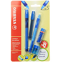 Набор Stabilo Leftright для правшей, цвет: голубой, 5 предметов2010440Набор пишущих принадлежностей STABILO LeftRight д/правшей 5предметов в блистере.(В наборе: шариковая ручка, механический карандаш, грифели для м/карандаша, точилка для грифеля, ластик). Шариковая ручка, механический карандаш, точилка для грифеля имеют маркировку R-для правшей или L-для левшей.Корпусы ручки и механического карандаша трехгранной формы изготовлены из пластика.Зона обхвата трехгранной формы из материала, предотвращающего скольжение пальцев. Ее форма обеспечивает естественное положение пальцев при письме и обеспечивает максимально комфортное письмо для детской руки. Углубления на зоне обхвата показывают ребенку, где располагать пальцы при письме, тем самым обеспечивают правильное положение пальцев ребенка при письме и помогают выработать у ребенка навык правильно держать пишущий инструмент. Длина и вес ручки и карандаша уменьшены, чтобы исключить неблагоприятное воздействие рычага и минимизировать усилия, которые прилагает ребенок при письме. Ручку и механический карандаш можно подписать. Для этого есть углубление для бумажной вставки. Технология Hi-Flux и чернила ручки пониженной вязкости обеспечивают легкое и мягкое письмо практически без нажима и более высокую скорость письма. Чернила быстро высыхают и не размазываются. Толщина линии ручки 0,3 мм. Цвет чернил – синий. Сменный стержень Грифель у карандаша толщиной 2мм, длиной 88мм. (В футлярчике 8 грифелей твердостью НВ) Точилка предназначена специально для грифеля 2мм. Характеристики: Толщина грифеля: 2 мм. Твердость карандаша:НВ. Цвет чернил ручки:синий. Толщина стержня ручки:0,4 мм. Длина карандаша:13,5 см. Длина ручки (с колпачком):14,3 см. Размер точилки:3 см х 2 см х 2 см. Размер ластика:5 см х 1,5 см х 1,5 см. Длина футляра для стержней:9,5 см. Размер упаковки:21 см х 13,5 х 2,5 см.