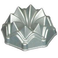 Форма для выпечки Кекс с антипригарным покрытием, диаметр 10 см391602Фигурная форма для выпечки Кекс будет отличным выбором для всех любителей бисквитов и кексов. Особое высокотехнологичное антипригарное покрытие препятствует пригоранию и обеспечивает легкую очистку после использования. С такой формой Вы всегда сможете порадовать своих близких оригинальной выпечкой.Характеристики: Материал:алюминий с антипригарным покрытием. Диаметр:10 см. Высота:4,5 см. Производитель:Великобритания. Изготовитель:Китай. Артикул:11238.