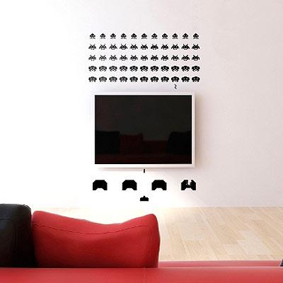 Стикер Paristic Space invaders, 55 х 64 см300250_Россия, коричневыйДобавьте оригинальность вашему интерьеру с помощью необычного стикера Space Invaders. Изображение на стикере выполнено по мотивам культовой стрелялки для игровых автоматов Space Invaders. Все поклонникам этой игры стикер придется по вкусу.Необыкновенный всплеск эмоций в дизайнерском решении создаст утонченную и изысканную атмосферу не только спальни, гостиной или детской комнаты, но и даже офиса. Стикервыполнен из матового винила - тонкого эластичного материала, который хорошо прилегает к любым гладким и чистым поверхностям, легко моется и держится до семи лет, не оставляя следов. В комплекте прилагается ракель, с помощью которого вы без труда наклеите стикер на выбранную поверхность. Сегодня виниловые наклейки пользуются большой популярностью среди декораторов по всему миру, а на российском рынке товаров для декорирования интерьеров - являются новинкой.Paristic - это стикеры высокого качества. Художественно выполненные стикеры, создающие эффект обмана зрения, дают необычную возможность использовать в своем интерьере элементы городского пейзажа. Продукция представлена широким ассортиментом - в зависимости от формы выбранного рисунка и от ваших предпочтений стикеры могут иметь разный размер и разный цвет (12 вариантов помимо классического черного и белого). В коллекции Paristic - авторские работы от урбанистических зарисовок и узнаваемых парижских мотивов до природных и графических объектов. Идеи французских дизайнеров украсят любой интерьер: Paristic - это простой и оригинальный способ создать уникальную атмосферу как в современной гостиной и детской комнате, так и в офисе. В настоящее время производство стикеров Paristic ведется в России при строгом соблюдении качества продукции и по оригинальному французскому дизайну. Характеристики:Размер стикера: 55 см х 64 см. Размер упаковки: 11 см х 6 см х 79 см. Комплектация: виниловый стикер; ракель; инструкция; Производитель: Франция.