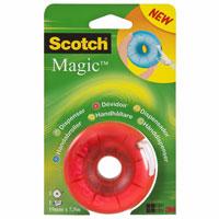 Диспенсер для клейкой ленты Scotch, цвет: красныйFS-00102Вашему вниманию предлагается яркий, веселый и компактный диспенсер с лентой Scotch Magic внутри. Он герметично закрывается, защищая клейкую ленту, поэтому его очень удобно носить с собой. Подходит для клейкой ленты шириной до 19 мм и длиной до 33 м.Характеристики:Материал: пластик. Размер диспенсера: 7 см х 7 см х 3,5 см. Цвет: красный. Изготовитель: Китай.